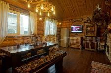 "Баня ""Барин Хаус"" - гостиная с караоке и камином"